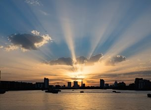 Photography sunset urban london skyline landscape sunrays wow  personalised online greeting card