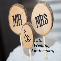 Madelein De Beer 5th Wedding Anniversary Anniversary for-him, for-her, wood, celebrate, joy, uplifting personalised online greeting card